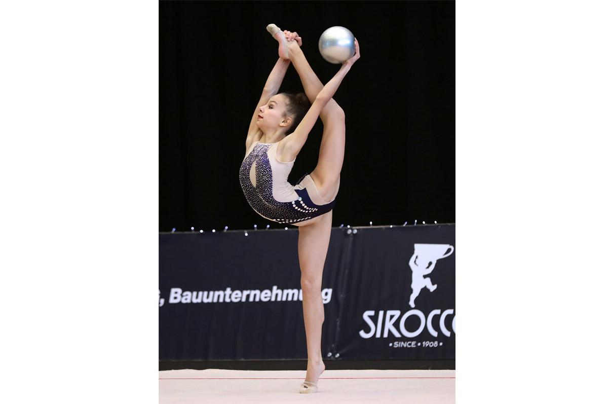 Der erste internationale Wettkampf der Rhythmischen Gymnastik in der Schweiz